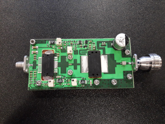 ereon-24ghz-320w-power-amplifier-palletjpg