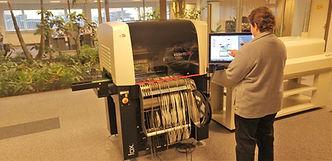CD systems productie Fox met operator (LowRes).jpg