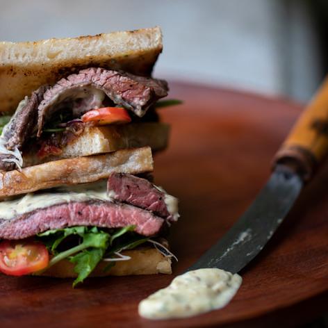 Urban Fresh Steak Sandwich  195,000 VND