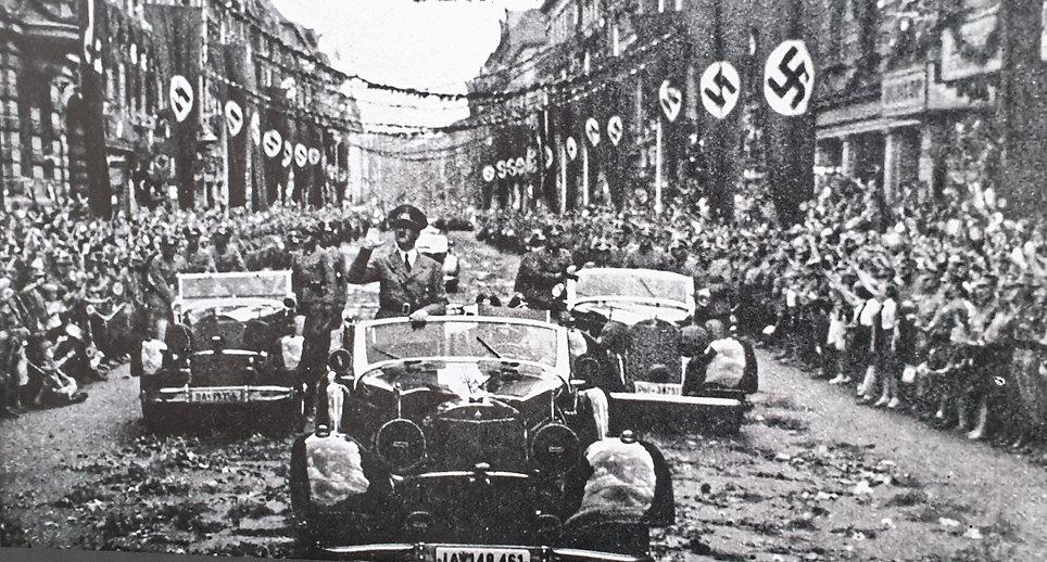 Адольф Гитлер, бункер Гитлера, смерть Ги