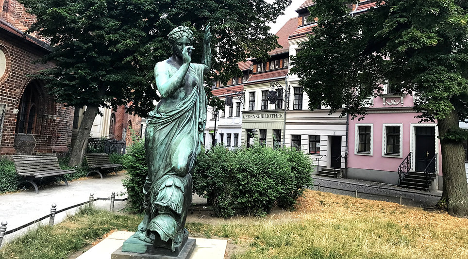 Квартал святого Николая, Берлин гид, гру