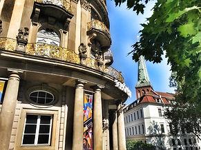 Берлин гид, дешёвая экскурсия в Берлине, недорогая экскурсия по берлину, гид по берлину, экскурсия в берлине, лучшие экскурсии по берлину, достопримечательности берлина, групповая экскурсия в берлине, берлин гид экскурсия, гид берлин экскурсия, тур в берлин, рейхстаг, экскурсия по рейхстагу, флаг над рейхстагом