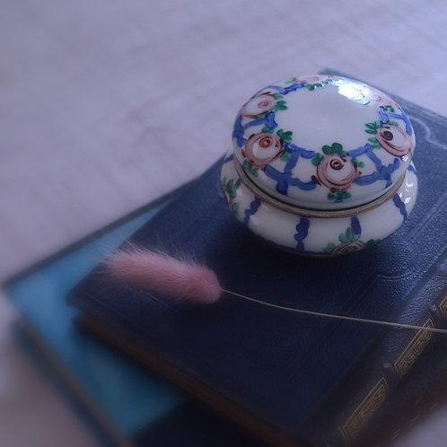 *フランスアンティーク*陶器のアクセサリーケース