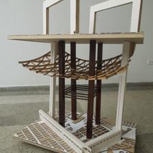 Ensamble maquetas olvidadas de la facultad de arquitectura.