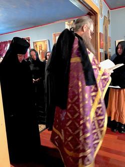Nun Being Tonssured.jpg