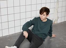 groene jongens sweater sfeer2.jpg