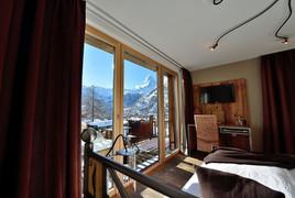 hotel-alpenlodge-zermatt-style-doppelzimmer-aussicht.jpg