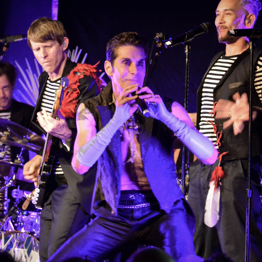 Perry Farrell  (32)