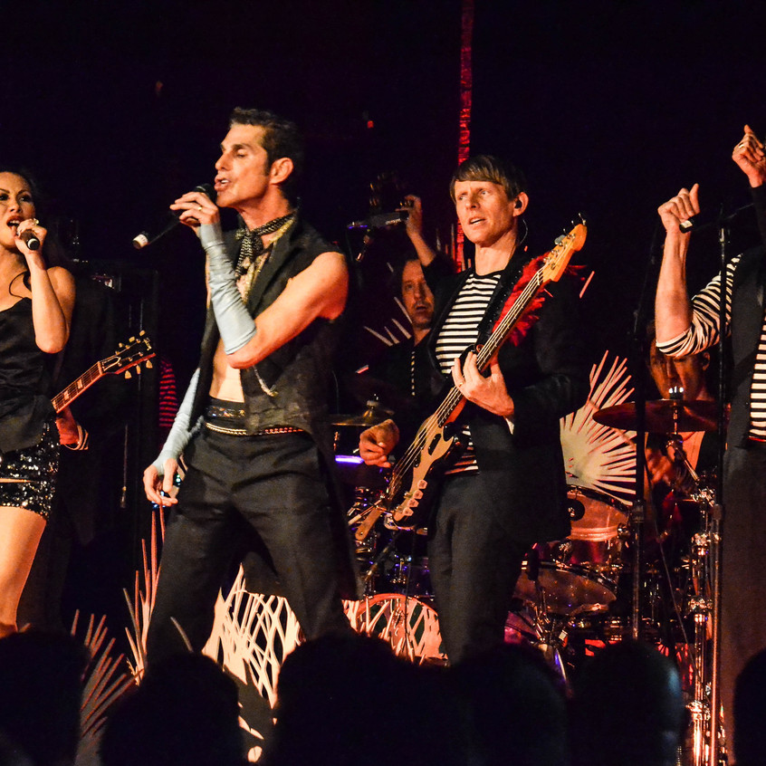 Perry Farrell  (36)