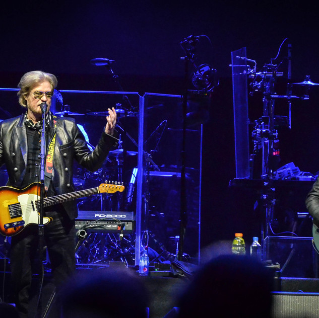Hall and Oates  (1)