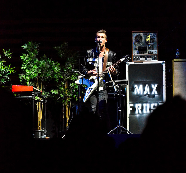 Max Frost  (18)