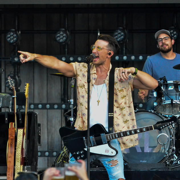 Russell Dickerson (7)