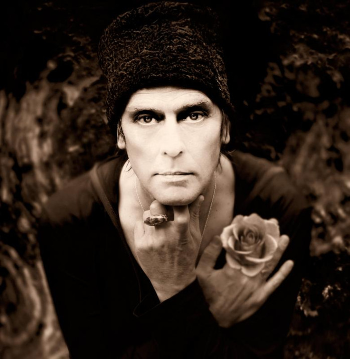 Peter Says:  Talking to Peter Murphy Prior to His Highline Ballroom Performance