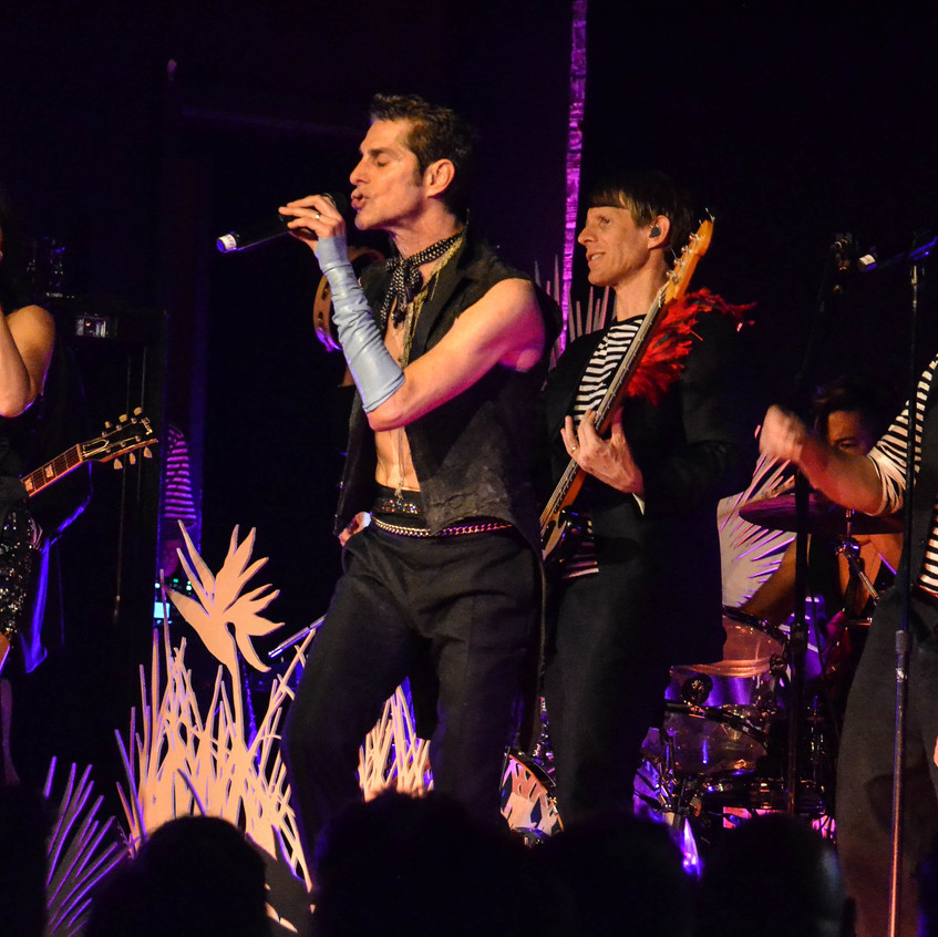 Perry Farrell  (35)