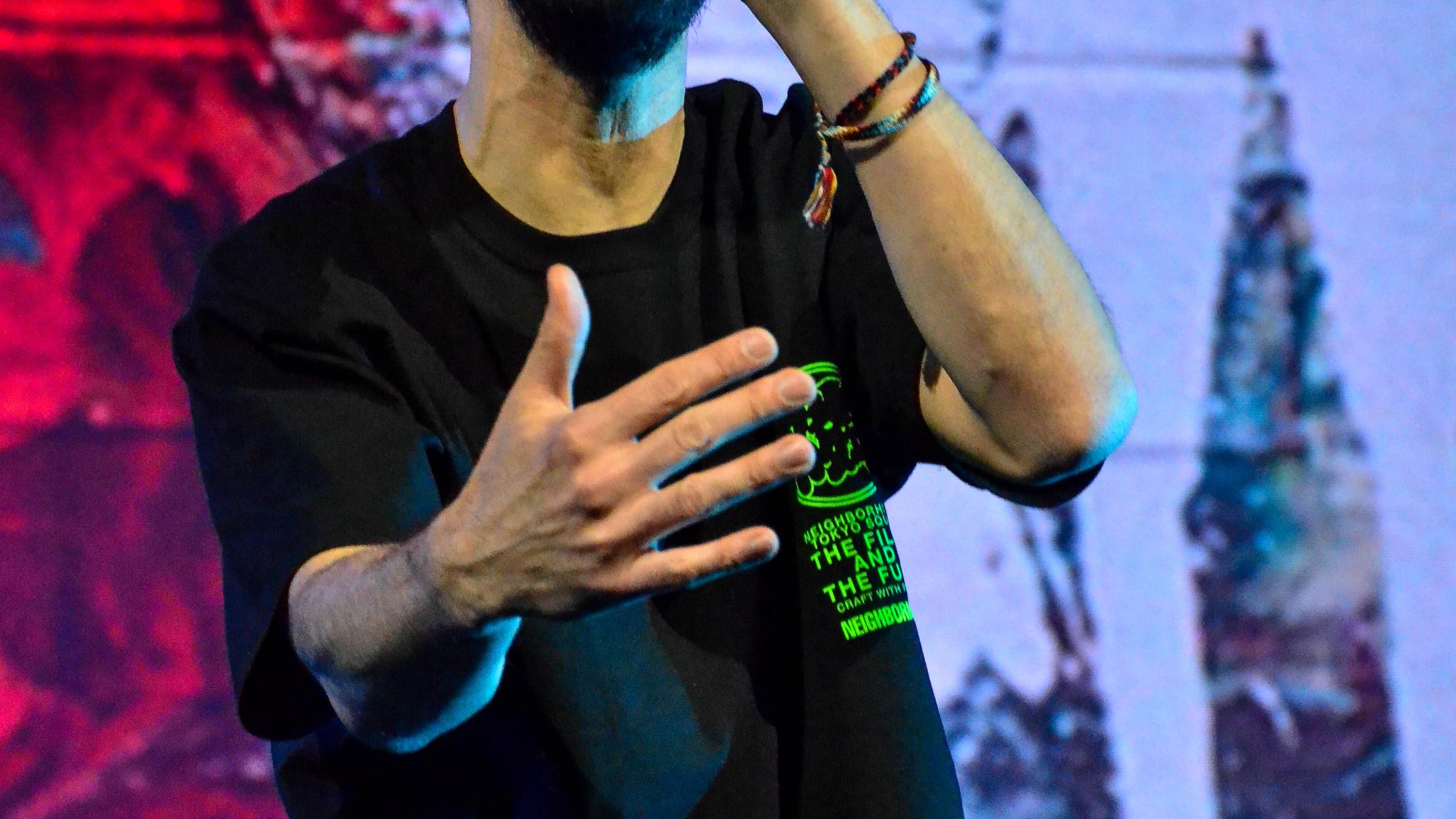 Mike Shinoda (11)