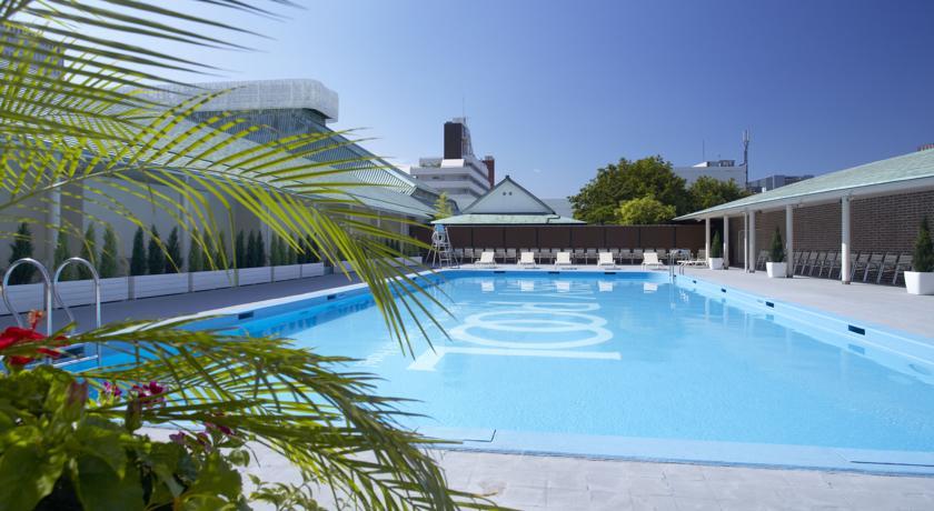 hotel grand prince pool
