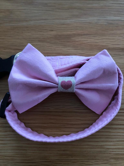 Baby pink Dog Bow Tie with heart centre