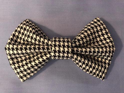 Dogtooth Dog Bow Tie