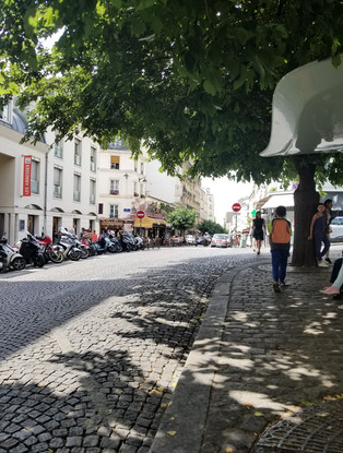 Montmartre Paris.jpg