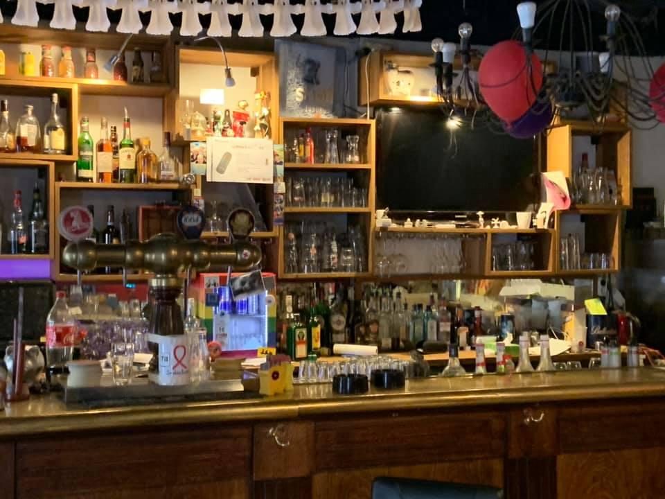 le bar.jpg