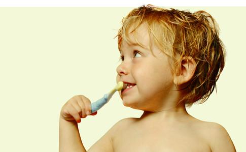 A che età programmare la prima visita odontoiatrica?