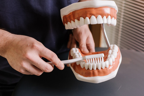 Non basta lo spazzolino per una buona igiene orale