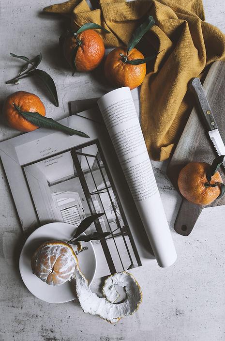 dark mood food photography, life syle, tangerines