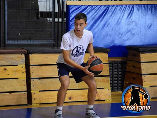 מרכזי פיתוח לשחקני כדורסל- שחקן אמיתי
