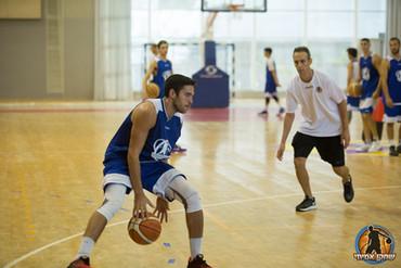 מחנה כדורסל פרו