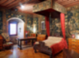 LE-CHATEAU_chambre-comtesse_430x315.jpg