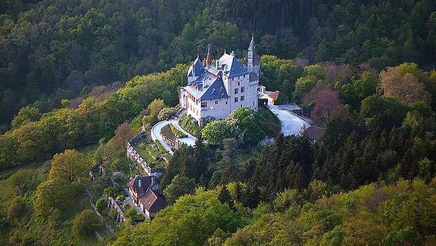 Chateau_Entreprises_vue-aerienne_624x352
