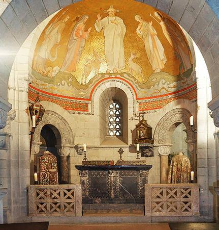 LE-CHATEAU_chapelle_430x450.jpg