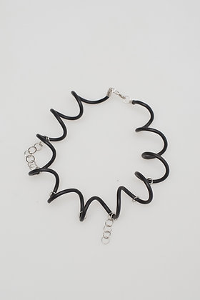 RECYCLED WIRE CHOKER