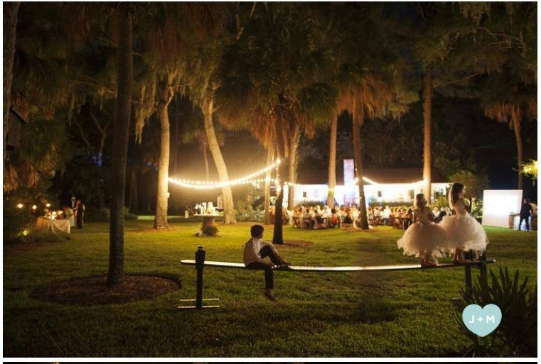 costa-rica-beach-green-weddings