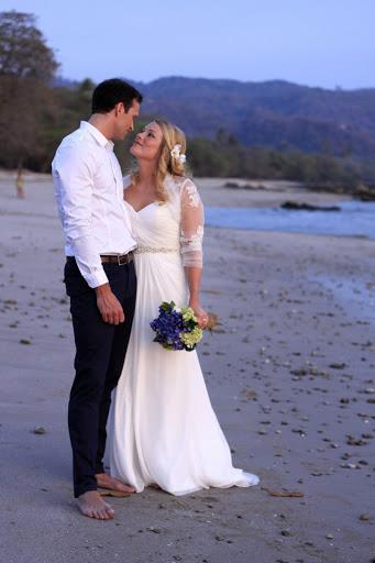 May Helen-Audun-wedding-costa-rica