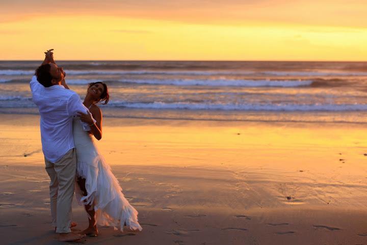 Laura-Drew-costa-rica-wedding