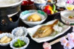 春の朝食.jpg