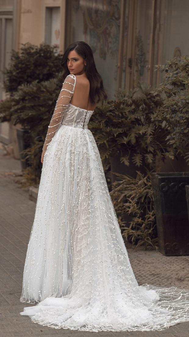 שמלת כלה לבנה עם שרוולים חנין קוטור
