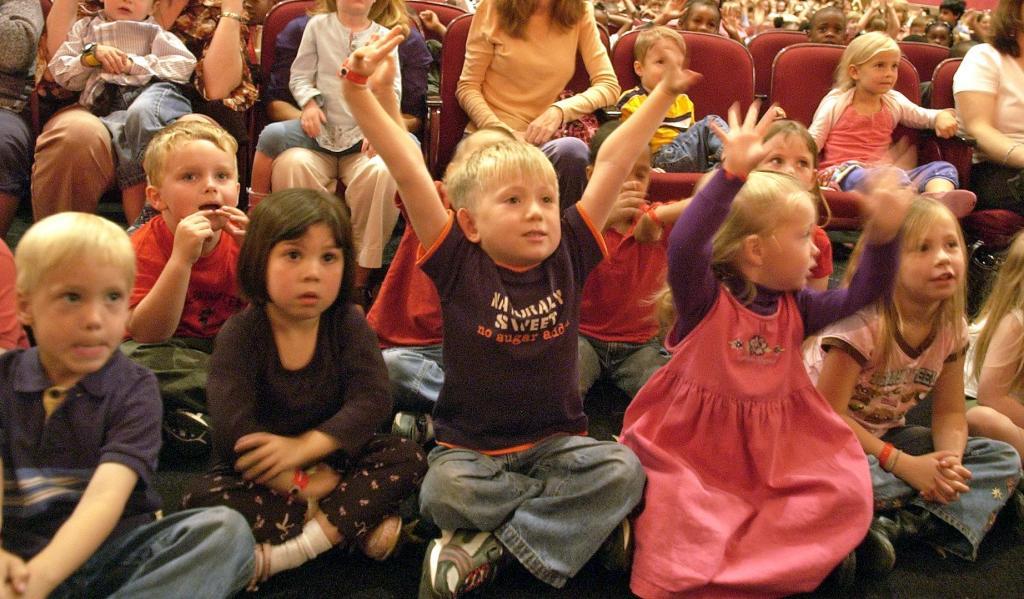 The Kids react to The BatDuo