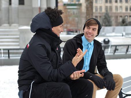 Tips para comunicarte con una persona sorda.