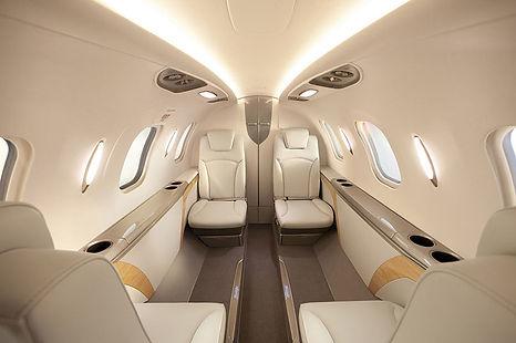 spacious-interior-360.jpg