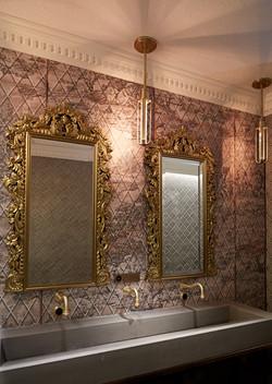 Succotash Men's Vanity