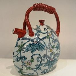 桜桐竹唐草飾り土瓶(縦薄型)