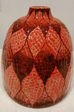 赤釉網目文壺