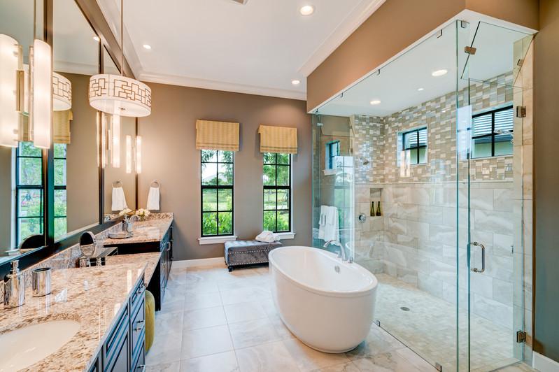 Miromar Bathroom.jpg