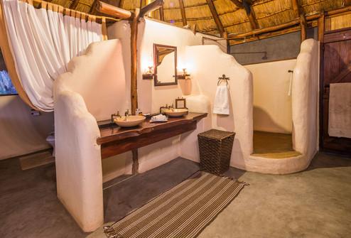 NanzhilaPlains - Bungalow Bathroom