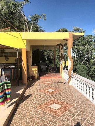 casa_hope_1_patio_245b.jpg