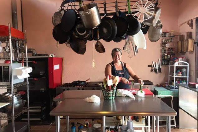 La-Manzanilla-restaurant-Magnolias-9-636