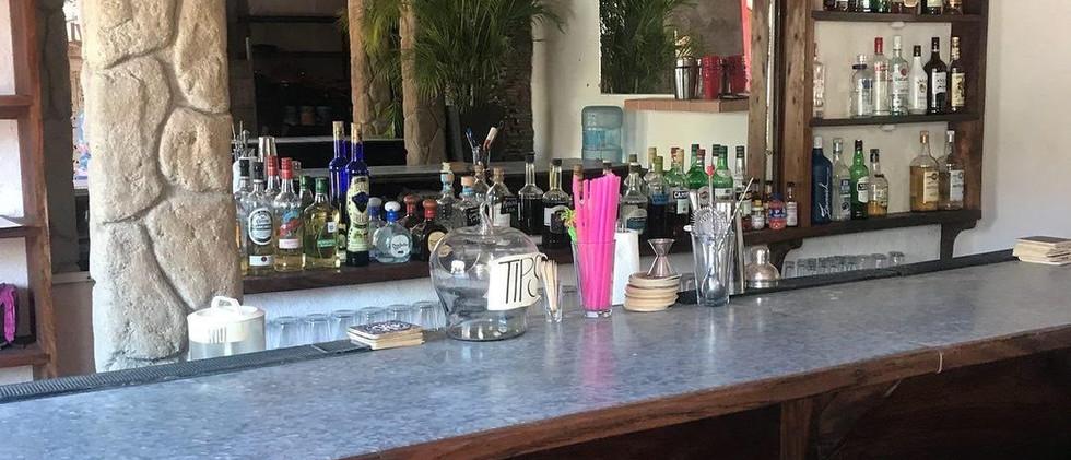 La-Manzanilla-restaurant-Magnolias-1.jpg