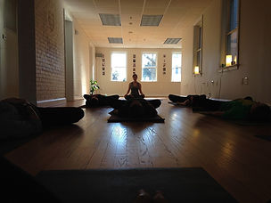 yoga-682326_960_720.jpg
